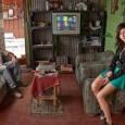 """Con las exposiciones """"Vivir en la tierra"""" y """"Río IV"""", el fotógrafo  retrata la vida en asentamientos precarios y la vida cotidiana de la Ciudad del sur cordobés."""