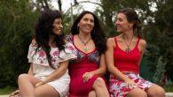 Homenaje a mujeres poetas, autoras y compositoras de la música de raíz folclórica argentina y latinoamericana.