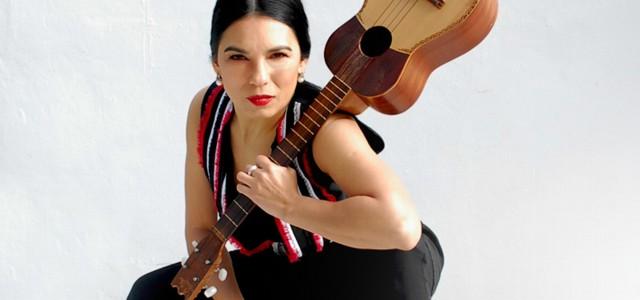 Charo Bogarín -Tonolec- le rinde homenaje a la gran cantora Mercedes Sosa, a diez años de su partida.
