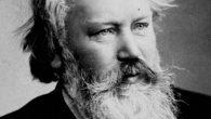 El Coro de Cámara, el Coro Polifónico y la Orquesta Sinfónica juntos en un potente concierto con el Requiem de Brahms.