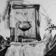 Exposición que agrupa obras pertenecientes a distintos períodos pictóricos del artista.
