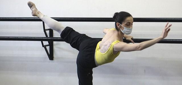 Se proyectarán distintas coreografías y otras acciones para celebrar el arte del movimiento.